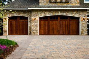 5 Benefits Of A New Garage Door